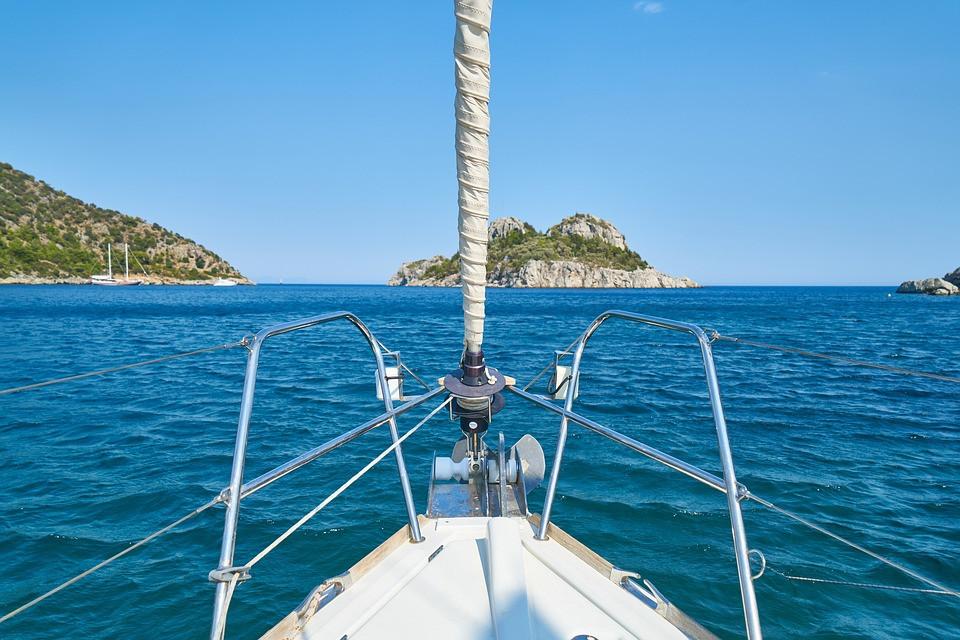 Photo de toiles et gréement d'un bateau