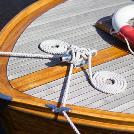 5 conseils pour l'entretien d'un bateau : carénage, bois, accastillage, pont...