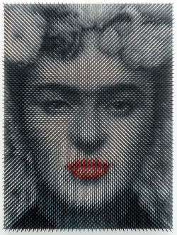 Frida red lips (sold)