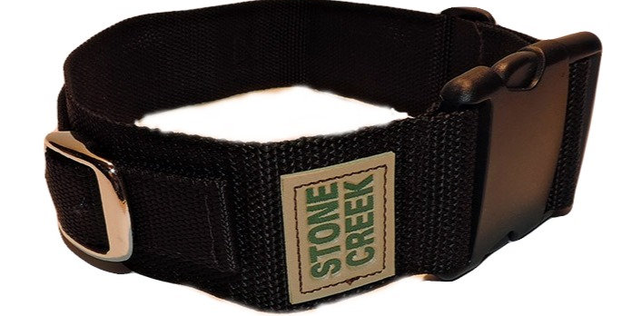 poly nylon kids belt with quick clip. Adjusts from 23 inches to 29 inches.  Has strap for attaching light or supplies