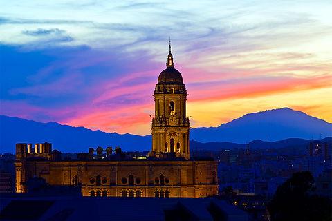 Málaga, Mística y Oscura
