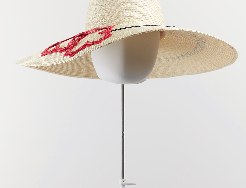 Flower straw sun hat with decorative brim - front view