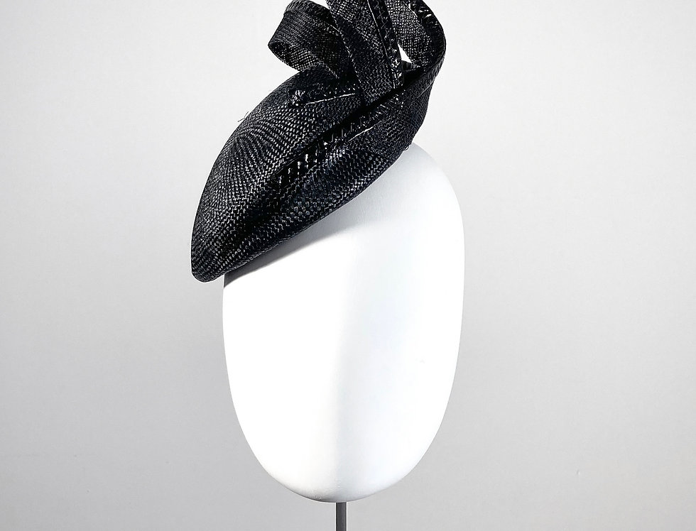 Sally-Ann Provan small black sisal straw beret pillbox trimmed with sinamay loops - front view