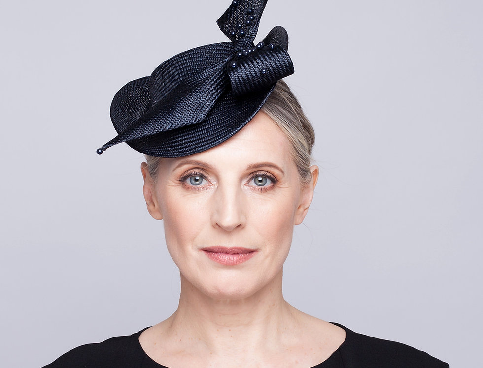 Fabia straw perching hat with loop straw bow