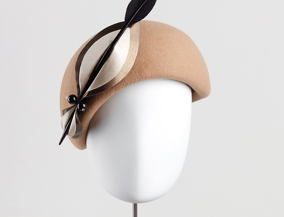 Ima winter beret felt pillbox hat with bow - front view