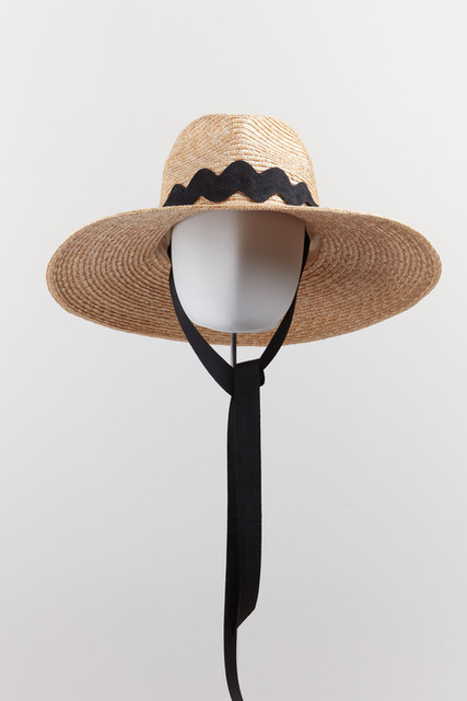 CASUAL straw hats