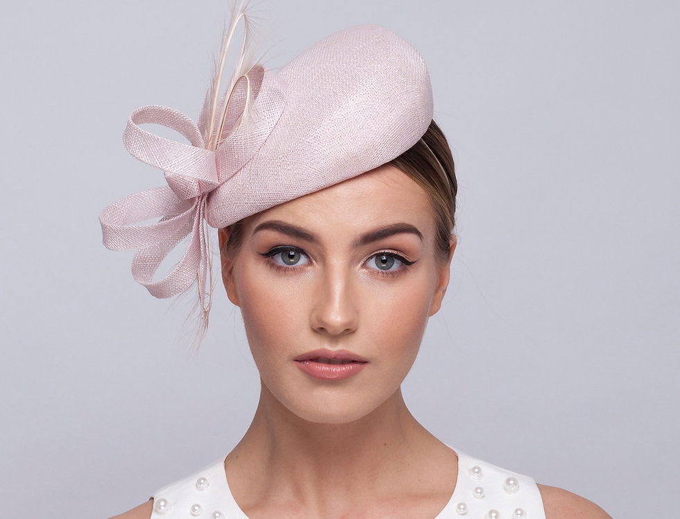 Mimi sinamay beret hat with sinamay loops and curled soft feathers