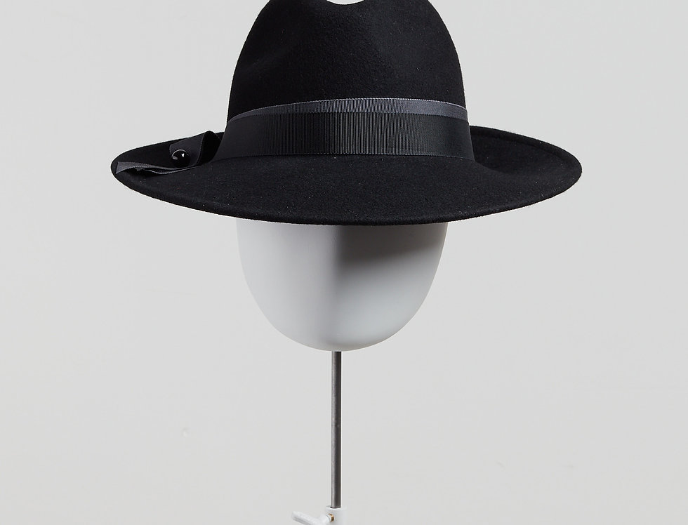 Sally-Ann Provan - Kenzy wool felt fedora hat with ribbon trim - black - front view