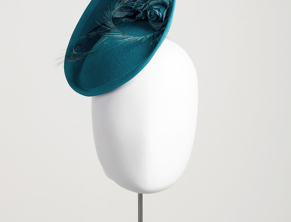 ZsaZsa small felt tilted saucer hat with silk flowers - front view