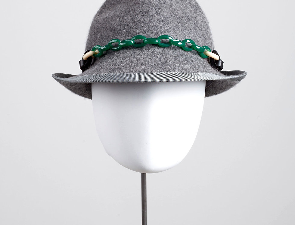 grey chainlink trilby - green
