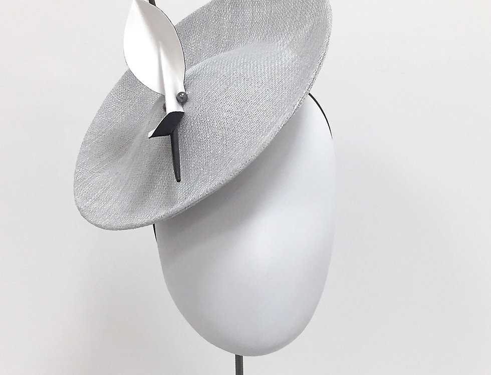 MARU saucer hat - silver grey