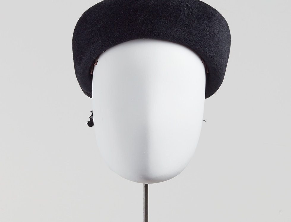 Eri winter felt 60s pillbox hat with silk abaca bow - front view