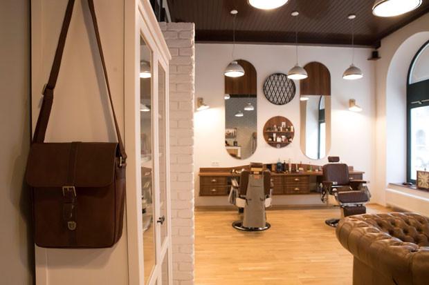 009_design_interior_barbershop_vienna.jp
