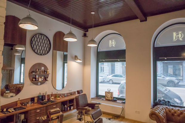 003_design_interior_barbershop_vienna.jp