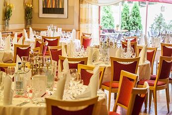 restaurant-001.jpg