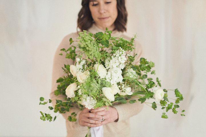 Cari Plays With Flowers: Winter Bouquet