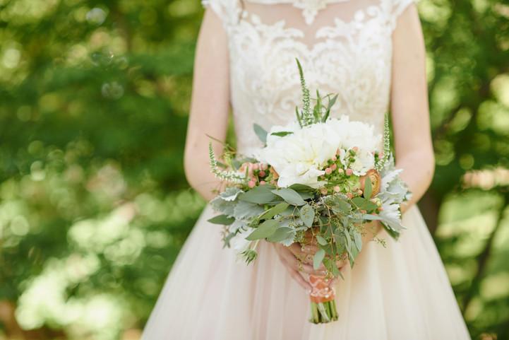 Choosing the Perfect Wedding Bouquet