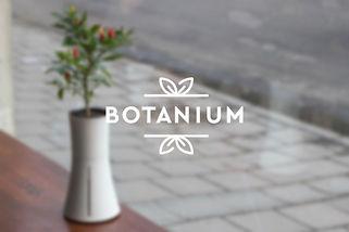 BOTANIUM CASE WHITE.jpg