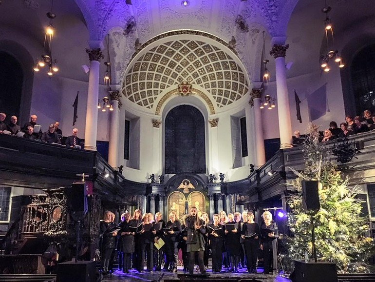 Choir On The Green  performing at St Clement Danes Church in London