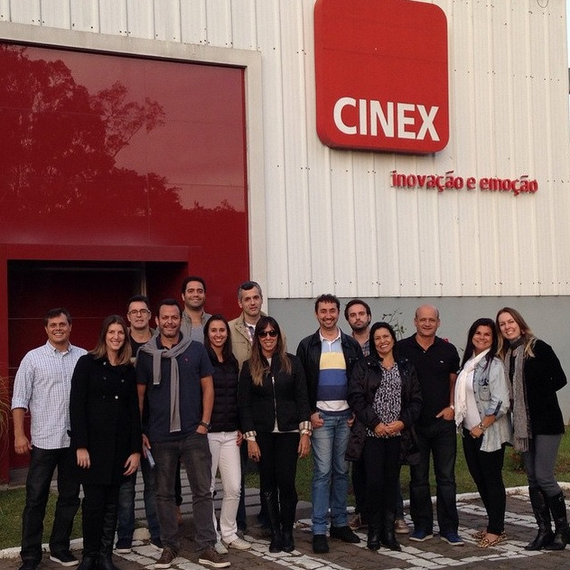 CINEX - GRUPO.jpg