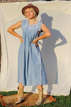 Medium embroidered blue midi dress