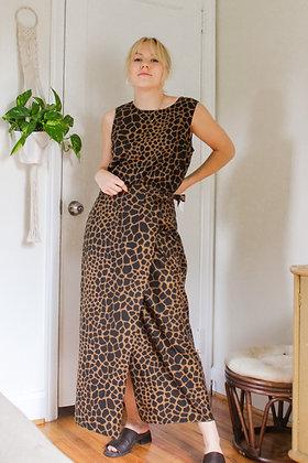 M/L giraffe wrap skirt set