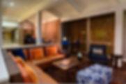 houcy-lobby-0046-hor-clsc.jpg