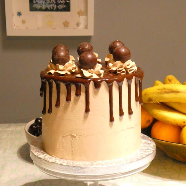 Dark Chocolate Lindt Dippy Cake