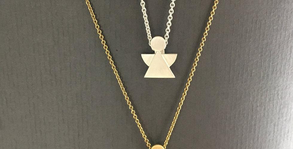 Schutzengel mit Ösenketten in Silber (ab 49 €) oder in Gold (ab 489 €)