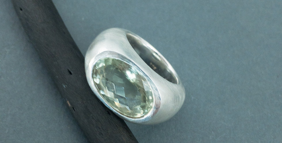 Ring in Silber mit Prasolith