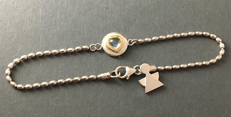 Zartes Silberarmband mit Herzanhänger und Engel