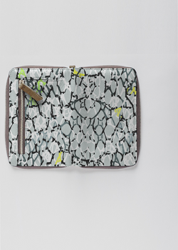 Joanie zip wallet 2