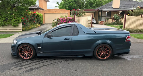 Holden HSV VE Maloo Side Extensions