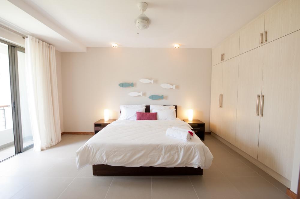 la-residence-luxury-beach-apartments-08.jpg
