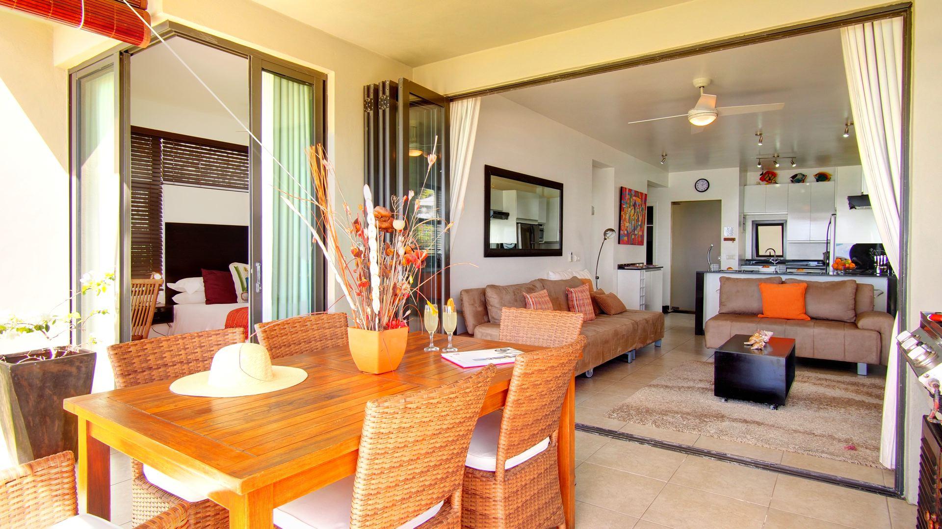 Lov. Le Cerisier Beach Apartments & Penthouses - Lounge and .jpg