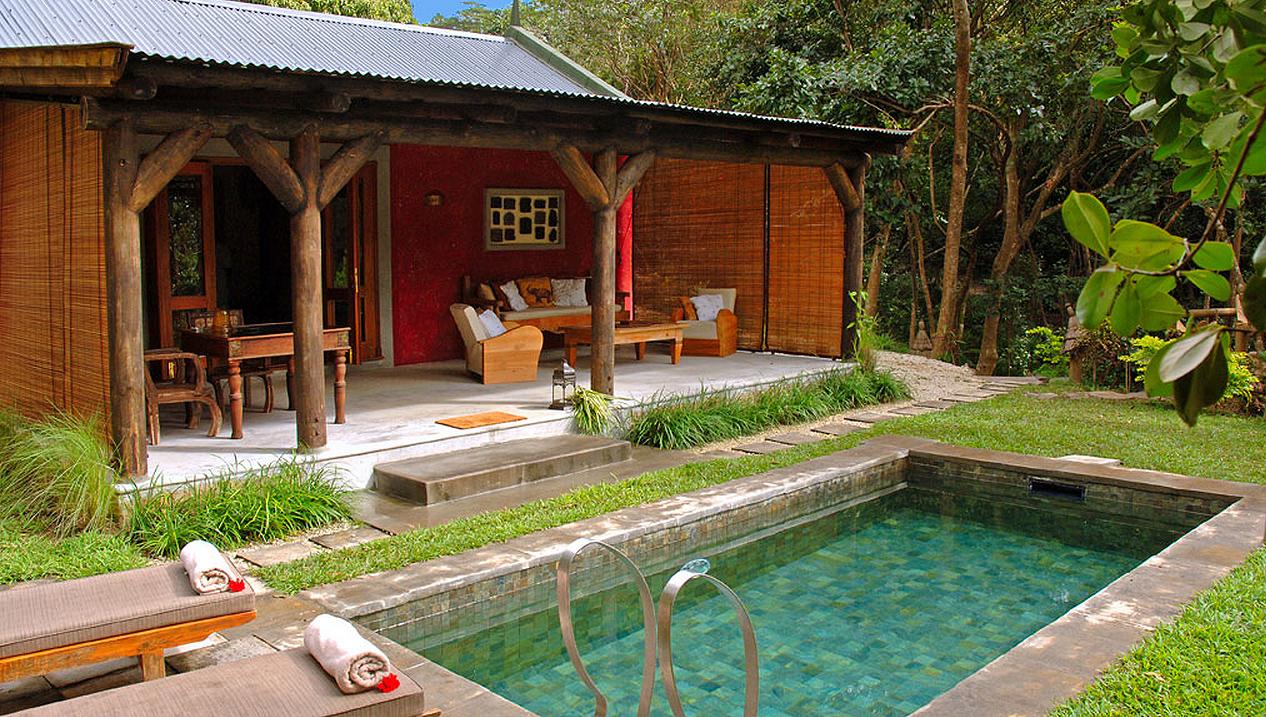 garden pool kaz.jpg