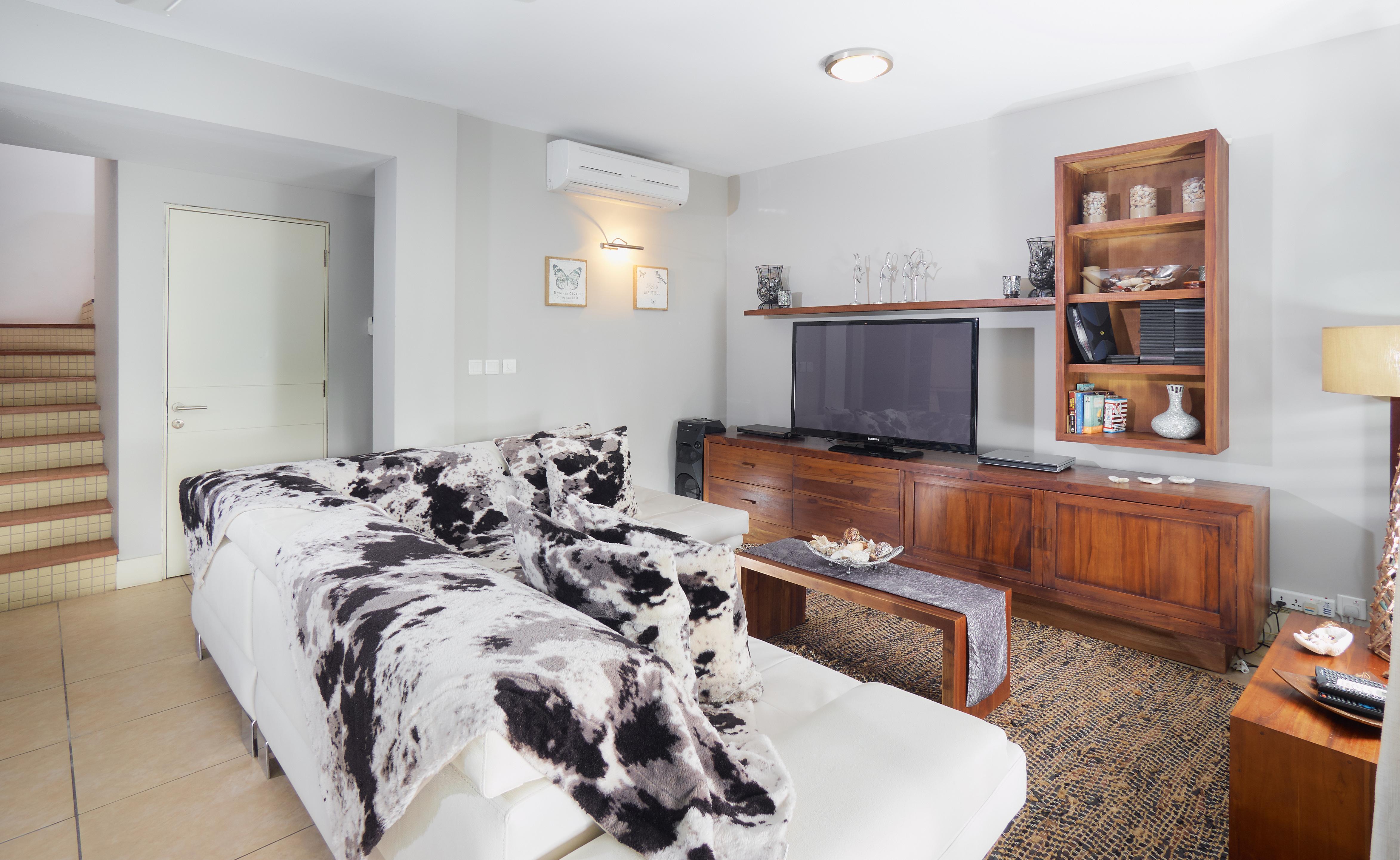 BA Villa Living Area