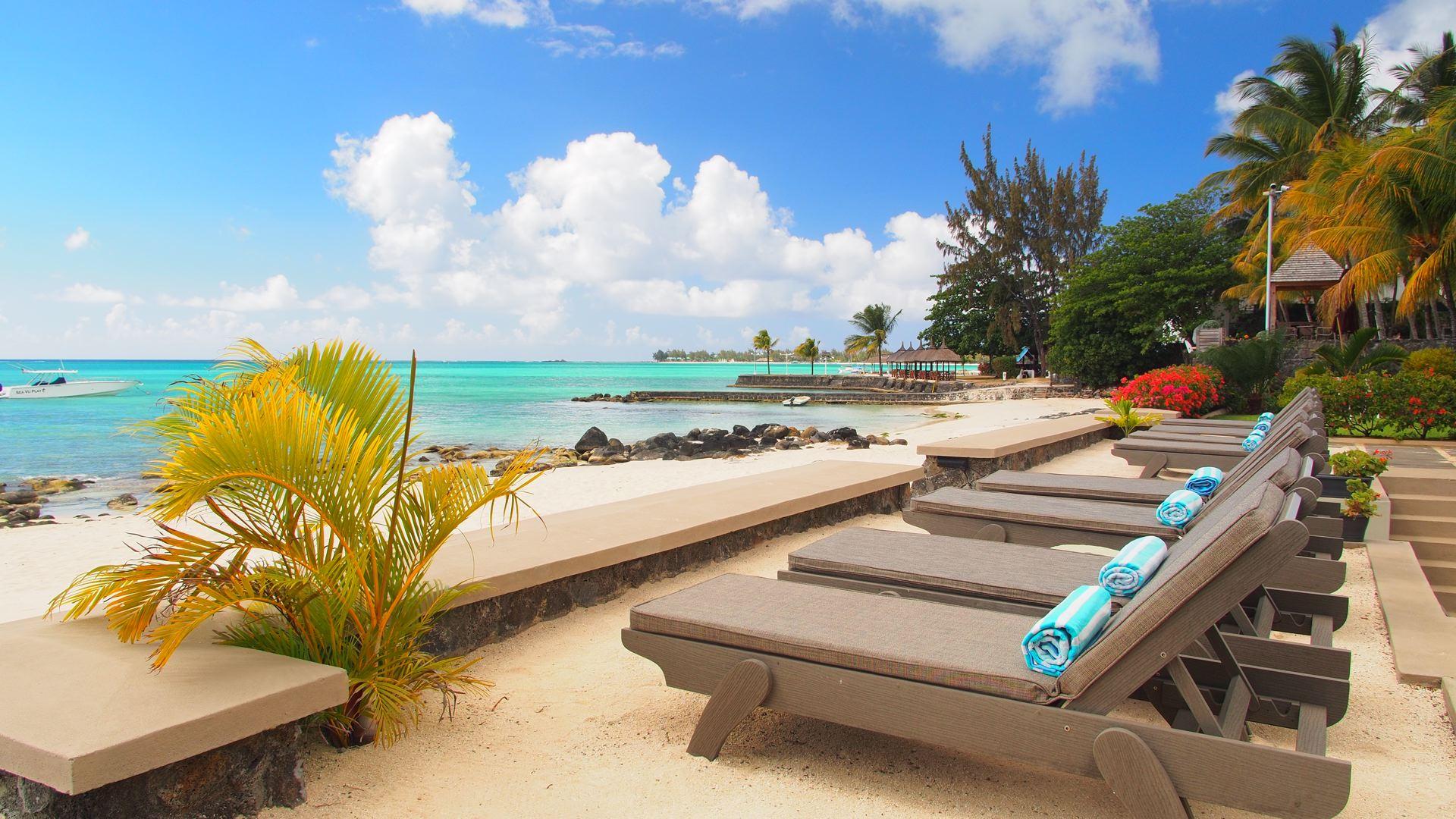 Lov. Le Cerisier Beach Apartments & Penthouses - Sundeck Vie.jpg