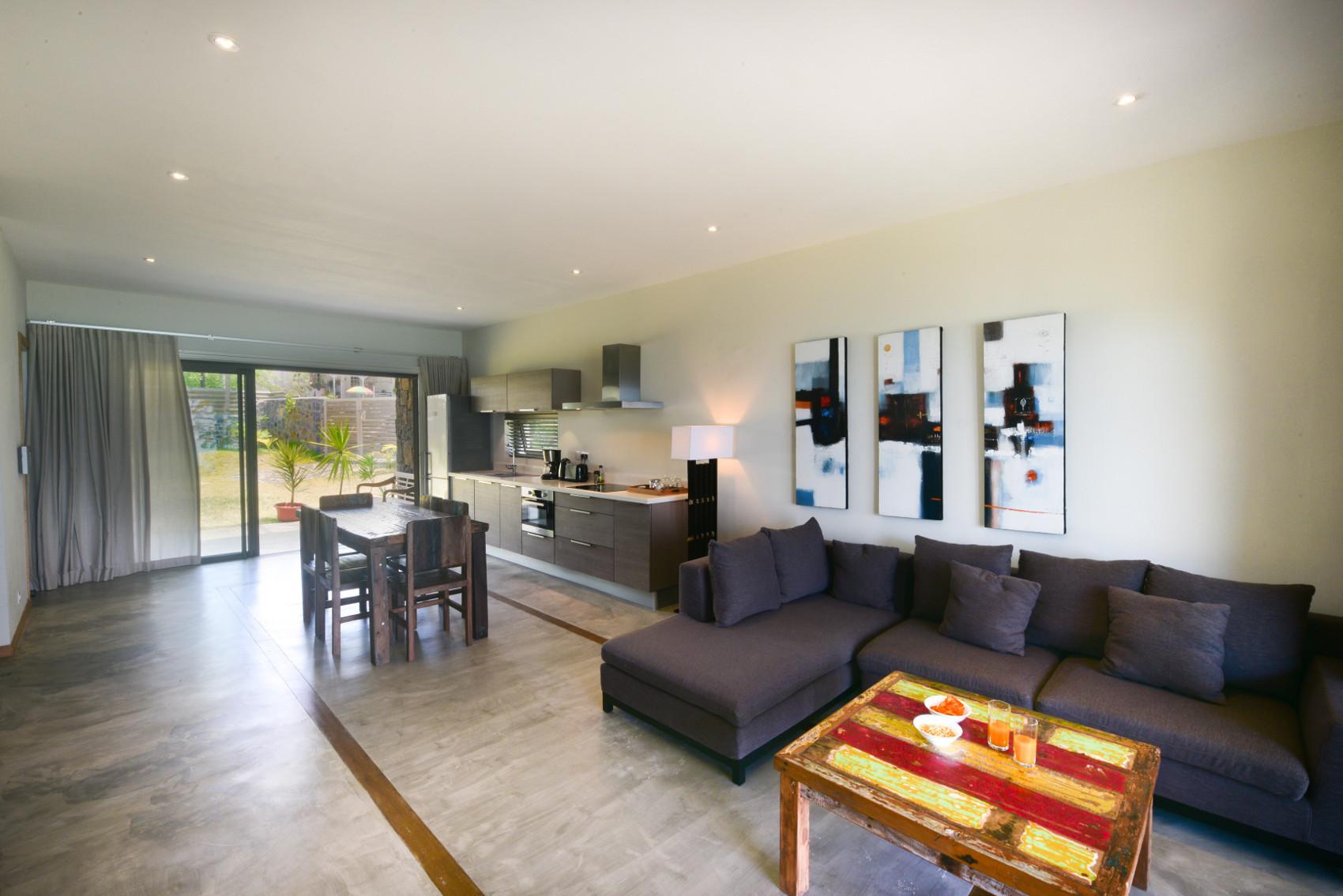 Eolia Luxury Beachfront Villas - 6.jpg