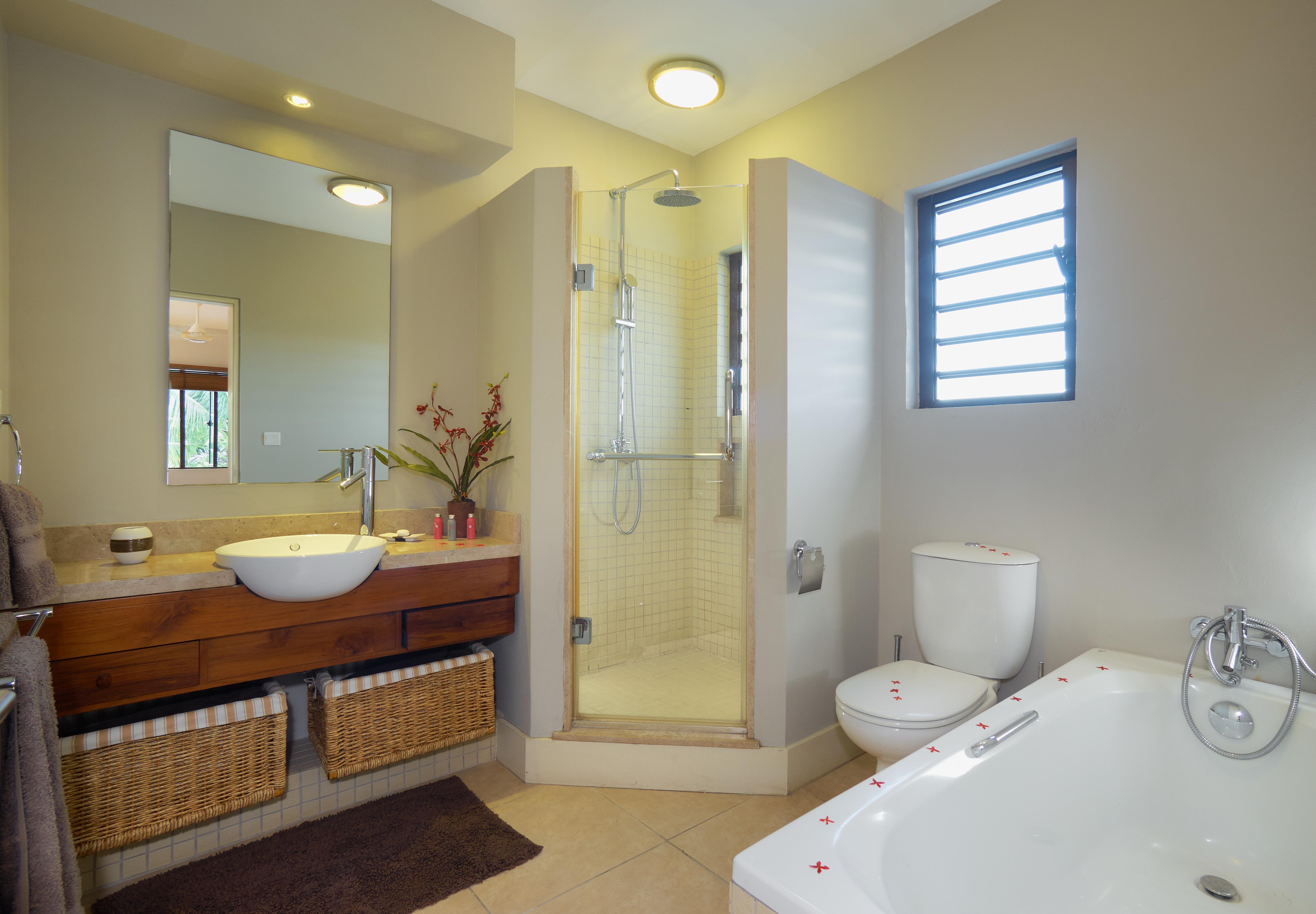 BA Villa Bathroom