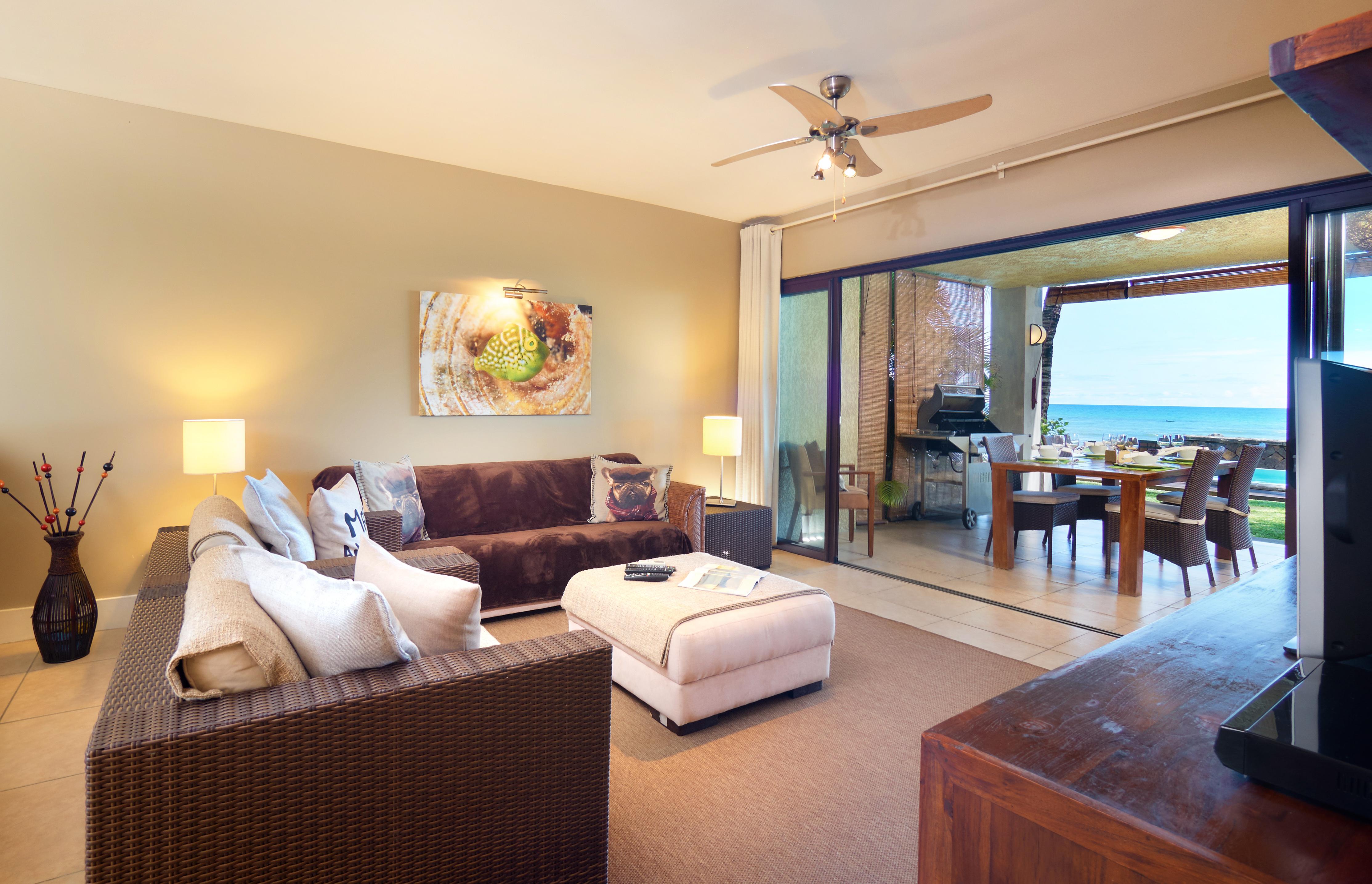BA Suite Living Area