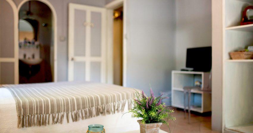 BDT-Standard-Room-2-1170x760-850x450