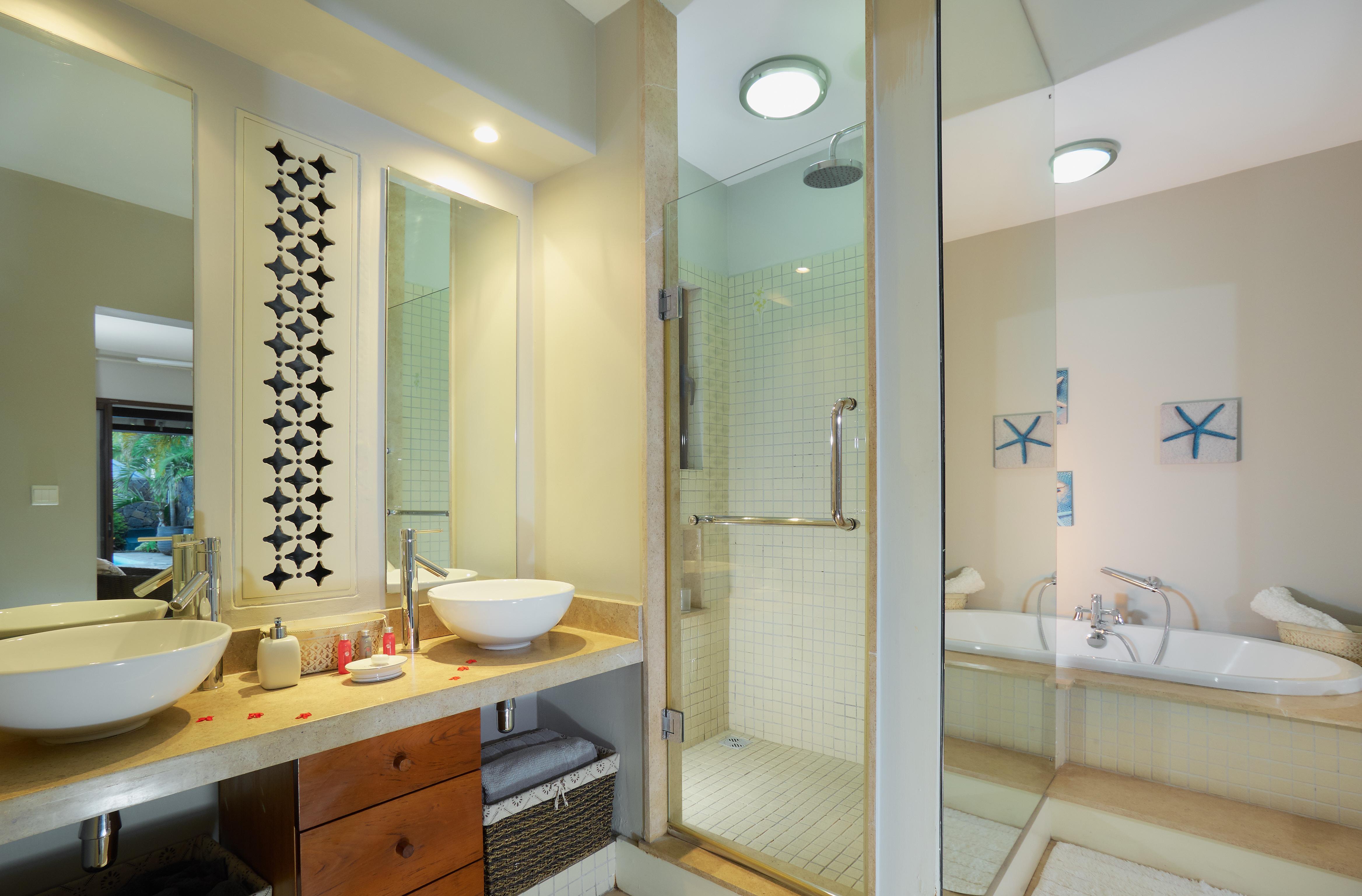 BA Villa Bathroom (5)
