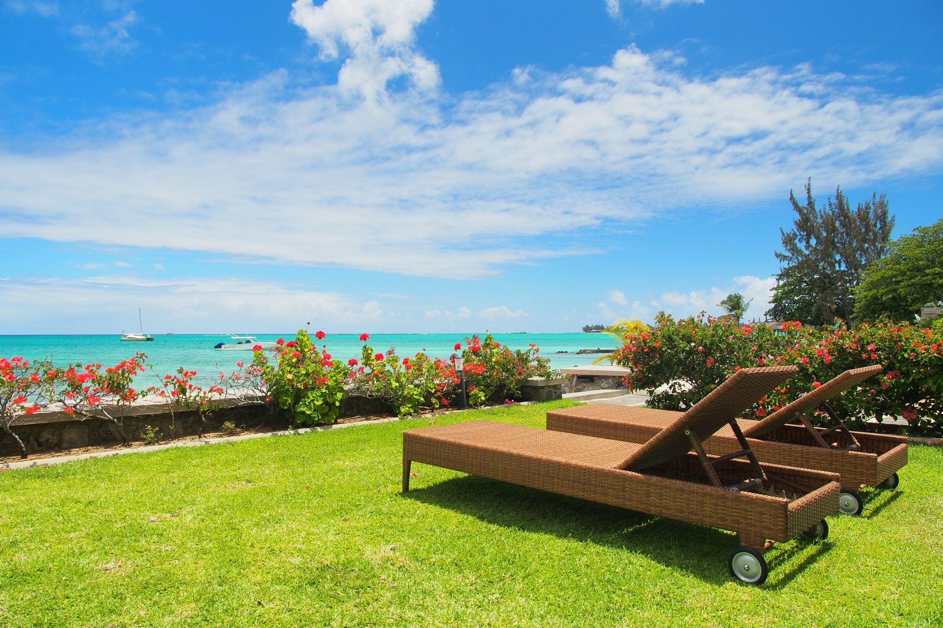 Lov. Le Cerisier Beach Apartments & Penthouses -  Beachfront.jpg