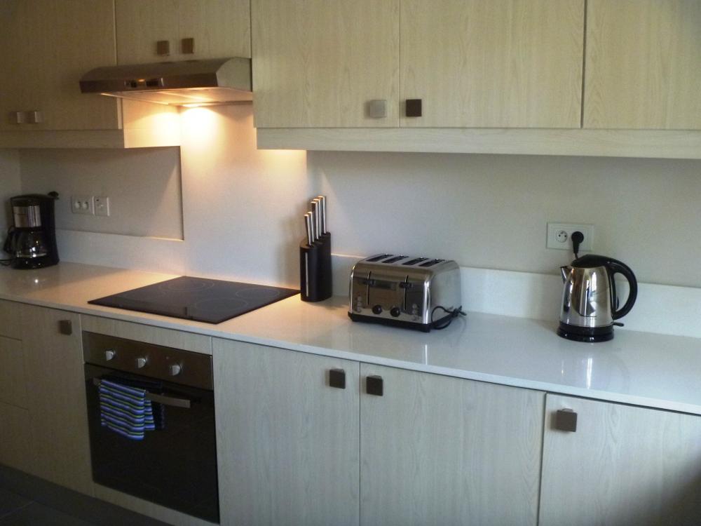 la-residence-luxury-beach-apartments-24.jpg