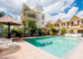 Flic en Flac 1er Prix - 7 bungalows avec piscine à 200 m de la plage