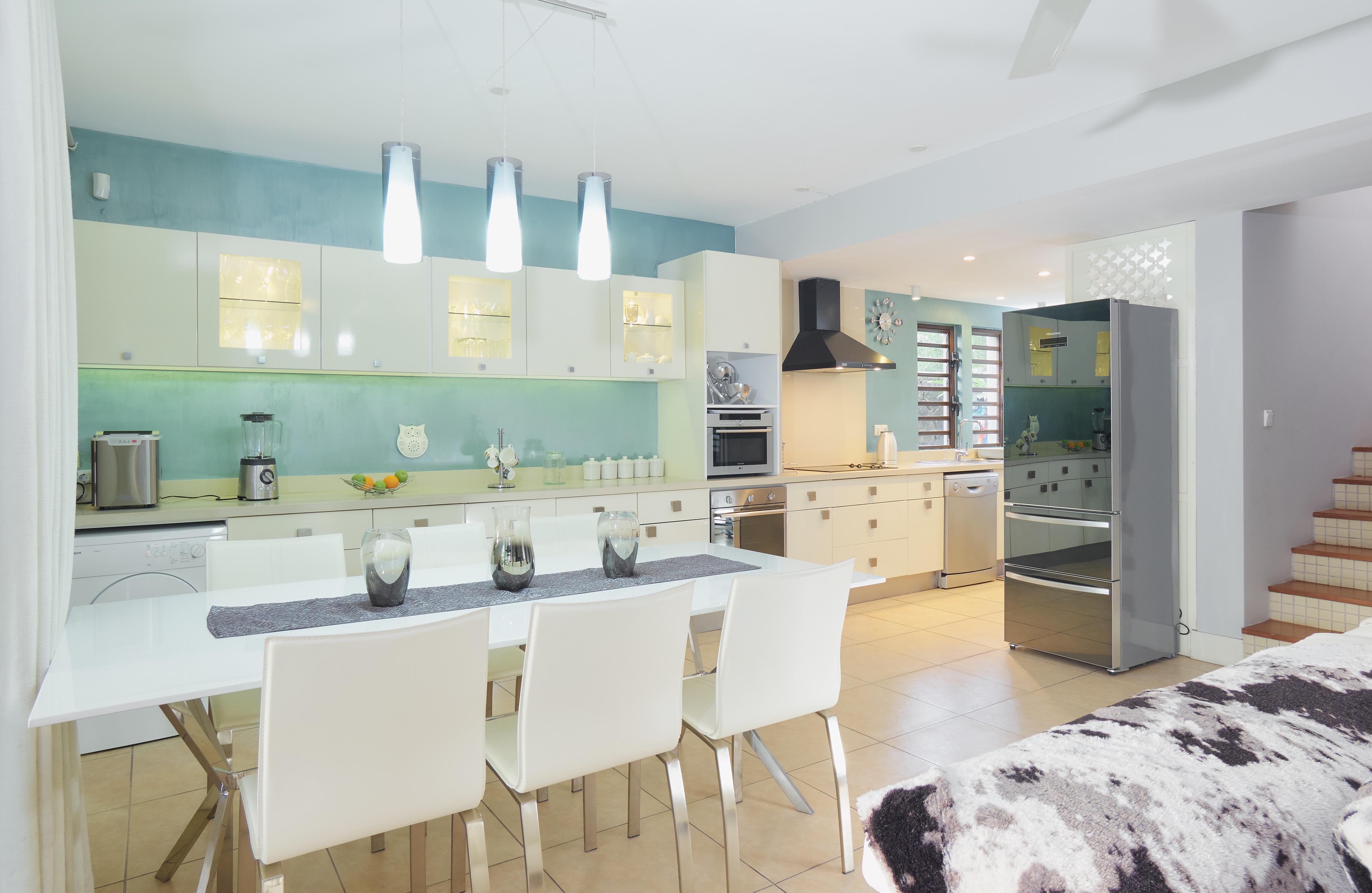 BA Villa Kitchen (2)