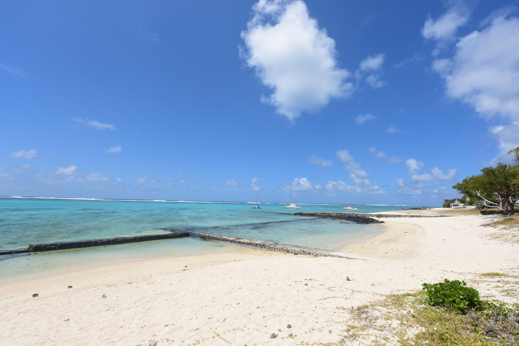 Eolia Luxury Beachfront Villas - 1.jpg