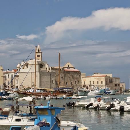 Puglia and Pulia: A day trip to Trani