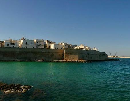 Puglia and Pulia: Sunday service